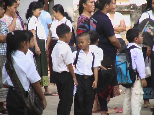ルアンバパン2-ラオス学校