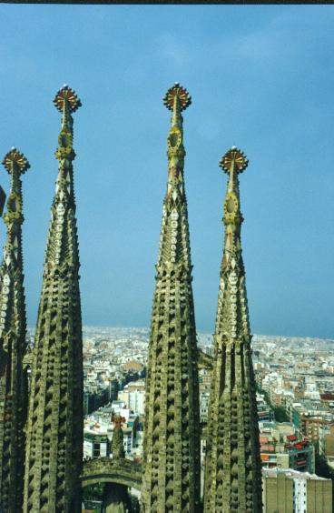 バルセロナ 教会塔